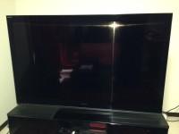 60インチ 液晶テレビ