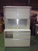 食器棚買取 調布市へ家具(レンジボード)の出張買取