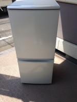 シャープ 冷蔵庫 SJ-14T 2011年製造