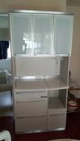 府中市にて綾野製作所製食器棚を買取ました。