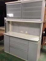 八王子市にてオーリス製サイレント機能付き食器棚を買取ました。