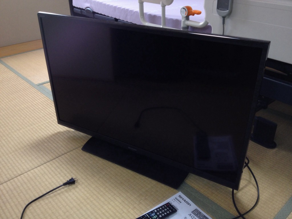 液晶テレビ アクオス シャープ LC-40H20 2015年