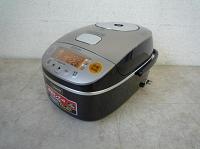 府中市にて炊飯器 【圧力IH炊飯ジャー NP-BA10】 を出張買取いたしました。