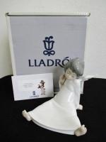 リヤドロ陶器人形[天使の考え事]買取いたしました。