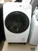 ドラム式洗濯機 アクア AQW-D500 2011