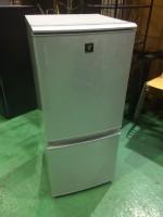 シャープ 冷蔵庫 SJ-PD14W 2012年