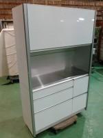横浜市青葉区にて全部隠せる食器棚買取いたしました。