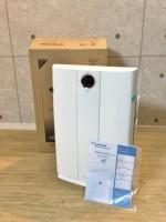 未使用 ダイキン 30畳対応 加湿空気清浄機 TCK70M-W
