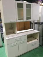 大和市にてパモウナカウンター食器棚を出張買取いたしました。