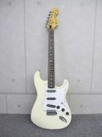 Fender Japan フェンダー ストラトキャスター