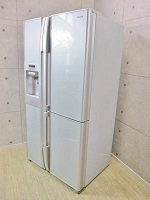 東京都港区で日立製冷蔵庫[R-SBS6200]を買取ました。