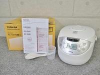 東京都中央区で未使用の東芝製の炊飯器[RC-10HH]を買取ました。