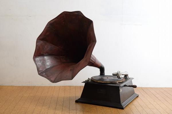 コロンビアの蓄音機