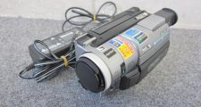 SONY ソニー Digital8 DCR-TRV310 ビデオカメラ ハンディカム 通電確認のみ現状品