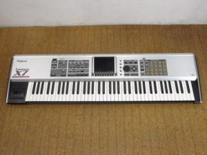 Roland Fantom X7 シンセサイザー
