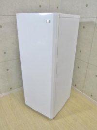 世田谷区にてハイアール 136L 1ドア冷凍庫 JF-NUF136E 冷凍ストッカ 2014年製を買取いたしました。