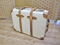 港区にて グローブトロッター スーツケース を買取しました