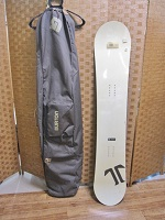 TECHNINE CLASSIC スノーボード 黒×白