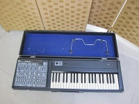 ROLAND SH-3A アナログシンセサイザー