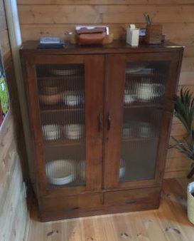 レトロ 食器棚