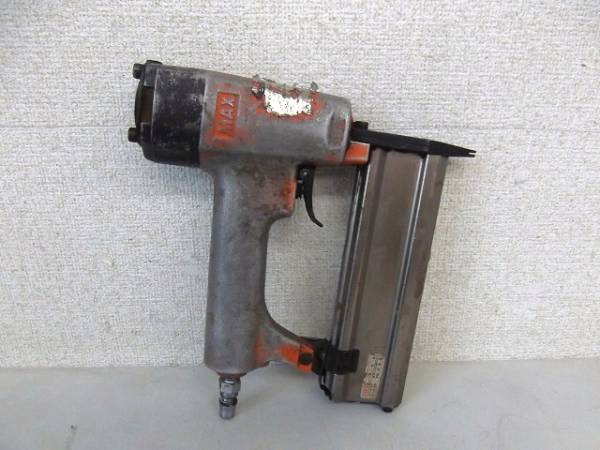 釘打機 マックス 旧型モデル
