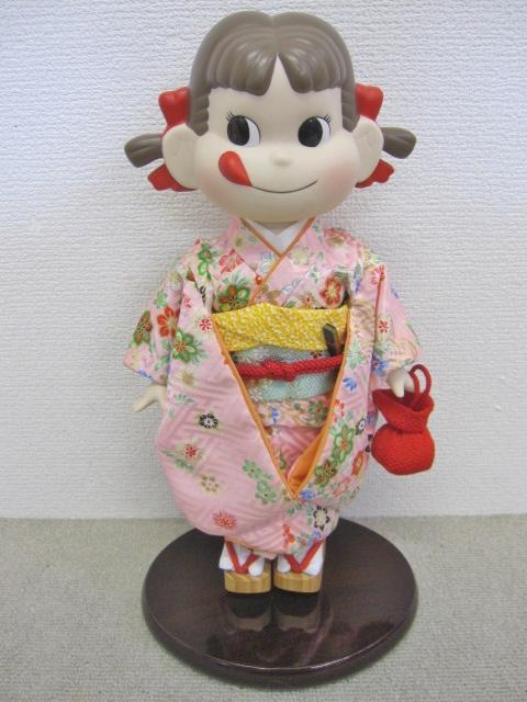 晴れ着 ペコちゃん人形