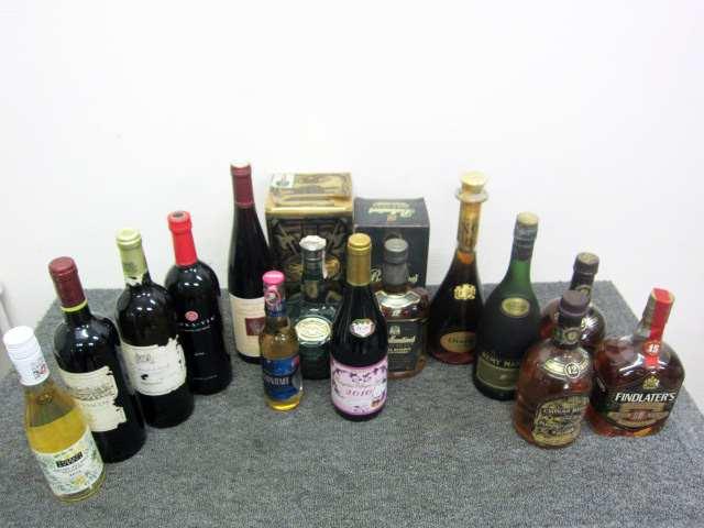 世田谷区にて 未開栓 洋酒まとめ を出張買取しました