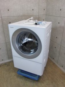 パナソニック 7㎏ キューブル 斜め ドラム式洗濯乾燥機 NA-VG710L 2017年製 ボルト付