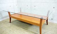 カリガリス ガラステーブル