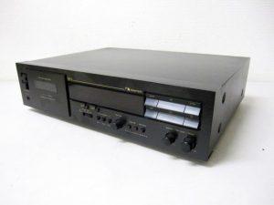 ナカミチ 3ヘッド カセットレコーダー DR-3