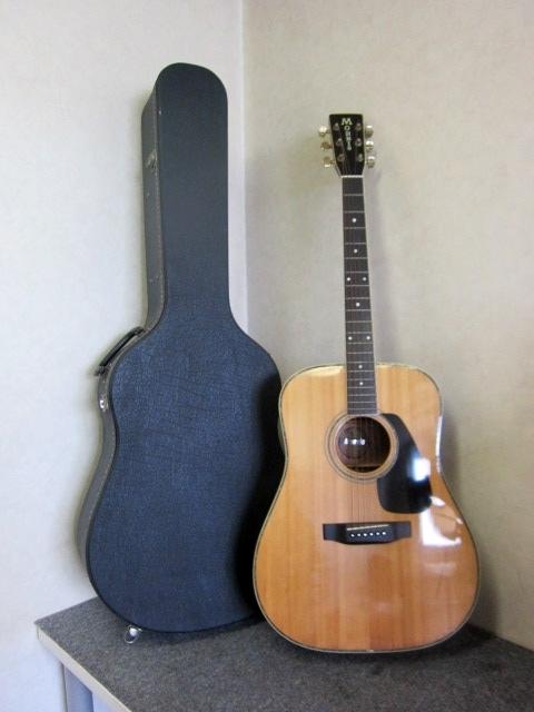 世田谷区にて MORRIS MD-520 アコースティックギター ハードケース付 を店頭買取しました