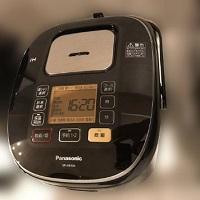 川崎市にて パナソニック 炊飯器 SR-HB106 を買取ました