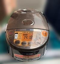 日野市にて 象印 炊飯器 NP-VN10 を出張買取しました