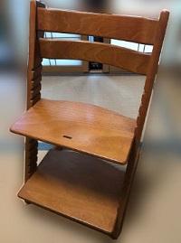 豊島区にて ストッケ トリップトラップ 子供椅子 を出張買取しました