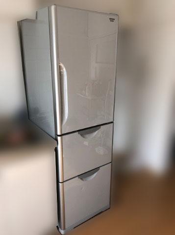 立川市にて 日立 冷蔵庫 R-S300DMV を出張買取しました