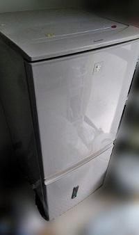 世田谷区にて シャープ 冷凍冷蔵庫 SJ-PD14A-C を出張買取しました