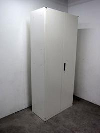 相模原市にて オカムラ スチール棚 キャビネット 8VS182 を出張買取しました
