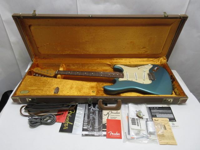 鎌倉市より Fender USA /American Vintage'62 ST LPB ストラトキャスターを店頭買取しました