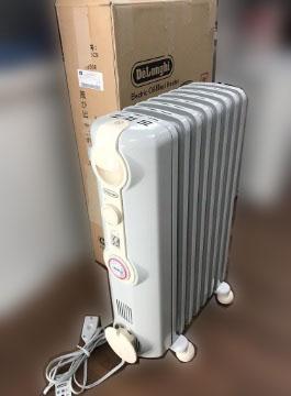 小平市にて デロンギ オイルヒーター JR0812-CR を店頭買取しました