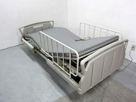 多摩市にて パラマウントベッド 介護ベッド キューマアウラ を出張買取しました
