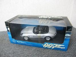 オートアート 007 BMW Z8 ジェームス・ボンドカー ミニカー