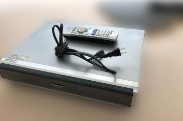 昭島市にて パナソニック ブルーレイレコーダー DMR-BW200 を出張買取しました