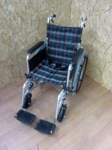 マキライフテック 多機能車椅子 KS80-4043GC 自走用