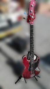 ギター フェンダー JAZZBAS エアロダイン 赤 2012