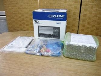 世田谷区にて ALPINE アルパイン 7型ワイド LED カーナビ を店頭買取しました