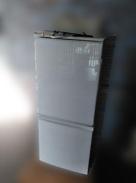 世田谷区にて シャープ 冷凍冷蔵庫 SJ-D14C を出張買取しました