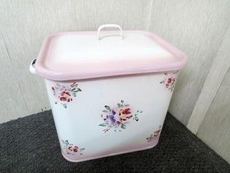 大和市にて イマン ミディ缶 ピンク プリンセスローズ を出張買取致しました