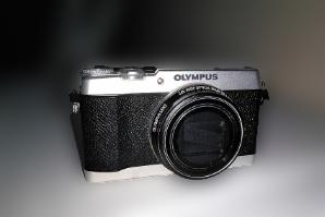 川崎市にて オリンパス コンパクトデジタルカメラ SH-3 を出張買取致しました