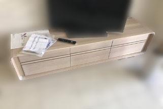 横浜市瀬谷区にて カリモク テレビボード シアーホワイト を出張買取致しました
