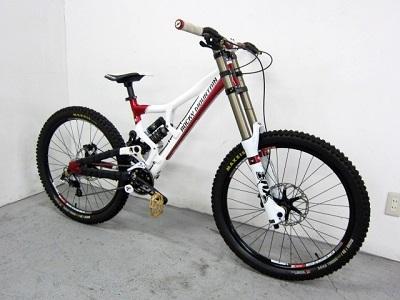 大和市にて ロッキーマウンテン フラットラインワールドカップ DHバイク を出張買取致しました